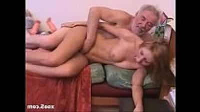 Дед Ебет Молоденькую Порно Онлайн